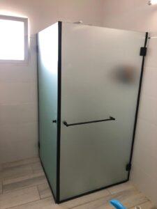 מקלחון זכוכית - מטר גשם של פתרונות - פתרונות מתקדמים