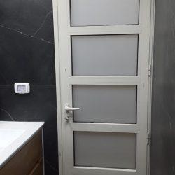דלת אלומיניום (2)
